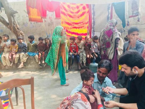 Medical Camp for the Lilly Bridge Children ... community living under the bridge